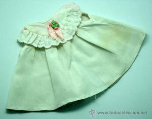 Faldón vestido bebé muñeca Chiquitina Famosa muñeco lazo
