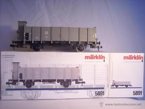 Marklin escala  ref  vagón mercancias con garita