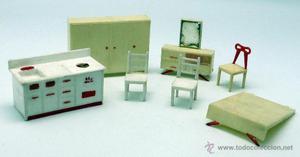 Muebles casa muñecas plástico años 60 cama sillas tocador