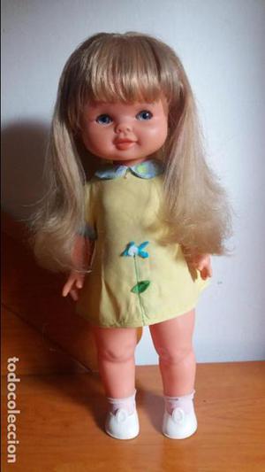 Muñeca maleni de famosa ropa original