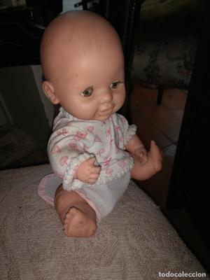 muñeca bebe de goma Famosa