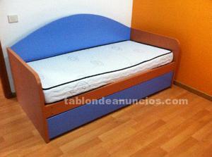 Se vende cama nido con dos somiers de lamas y colchones