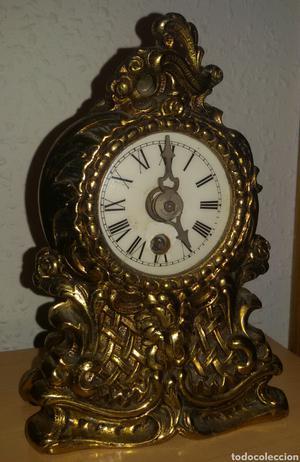 Antiguo Reloj Bronce a Cuerda.