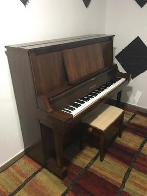 Piano vertical Yamaha serie w