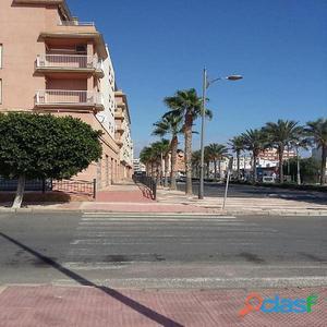 Piso en Venta en Roquetas de Mar, Almería