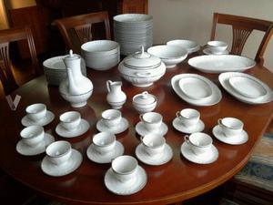 Vajilla irabia porcelanas del norte romance posot class for Vajillas completas