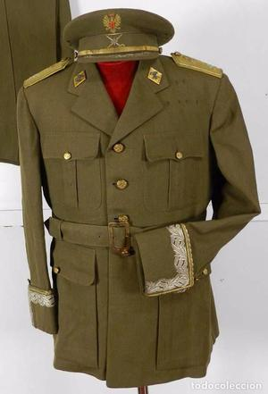 Antiguo uniforme de General de Brigada de ingenieros de