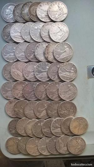 Buen lote de 51 monedas de plata de 2 pesetas. Buena calidad