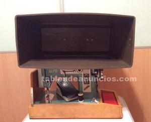 Maleta de maquina de coser + zocalo de madera