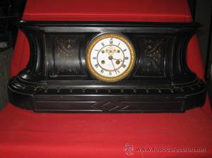 Reloj de chimenea estilo imperio con áncora exterior con