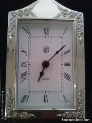 Reloj despertador en plata 925 Firmado por Isabel Cabanillas