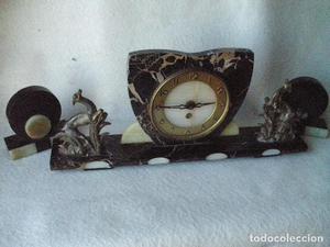 reloj art deco UCRA