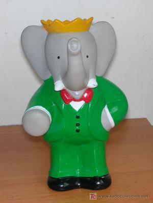 Rey Babar. Modelo de plático. Mide 16 cms. de alto