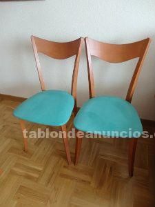 Vendo dos sillas de salon tapizadas en verde