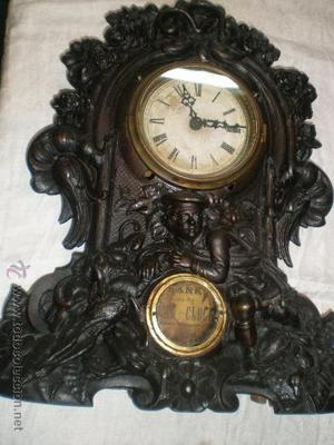 antiguo reloj de sobremesa de calamina