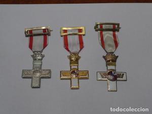 * Lote 3 medalla al merito aereo de Franco distintas,