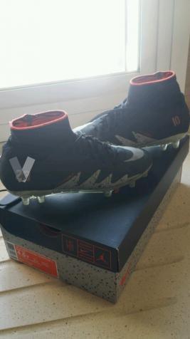 botas futbol Nike Jordan