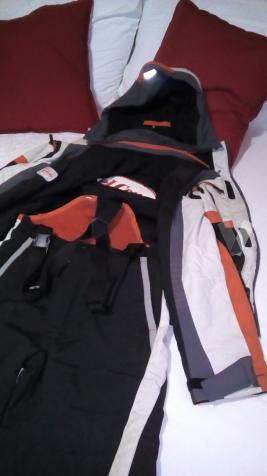 trajes de esqui