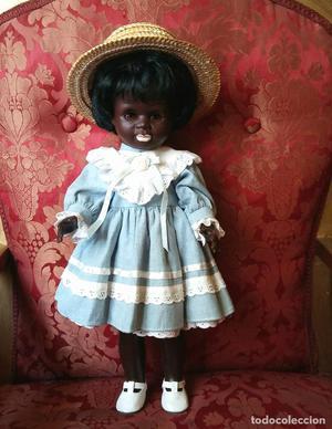 Antigua muñeca alemana, Ari 41 cmtrs. Negra o negrita.