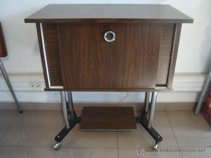 Mueble formica a os 80 vintage posot class for Muebles de cocina anos 80