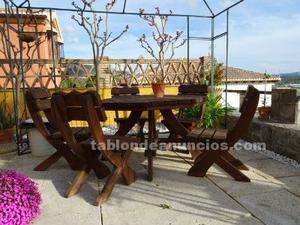 Mesa + 5 sillas de madera tea