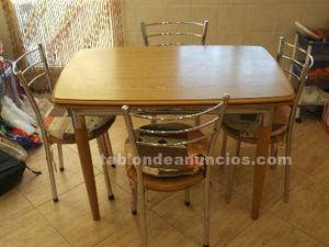 Mesa de roble maciza con acero y conjunto de 4 sillas de