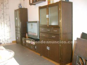 Mueble de 330 color wenque, regruesada en madera de pino.