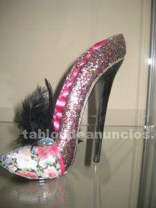 Portaanillos en forma de zapato