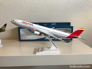 Precioso avión de colección A330 Iberia