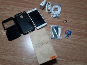 Samsung Galaxy S 5 libre, blanco por 200.