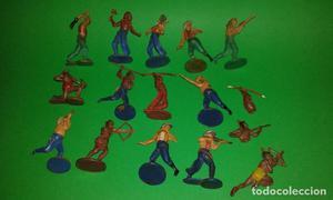 Varias figuras indios y vaqueros de GAMA, años 50.