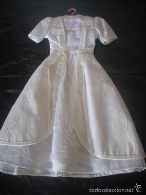 Vestido de comunión de la muñeca Nancy