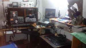Dos emisoras de radio aficionado licenci