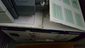 Impresora multifunción Brother DCPCDW