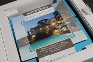 PACK SMARBOX - 1 NOCHE + DESAYUNO PARA 2 PERSONAS.