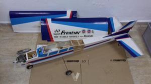 avion teledirigido con motor de gasolina grande
