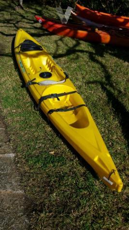 kayak travesia y pesca autovaciable rotomod