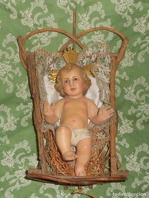 ANTIGUA IMAGEN DEL NIÑO JESÚS EN SU CUNA - OLOT.
