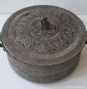 Antigua caja en filigrana de plata, Turquía.