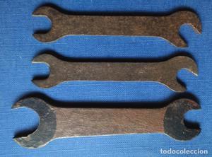 Antiguas 3 llaves fijas sin marcas visibles