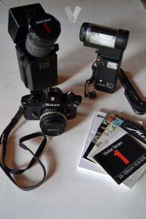 Camara Nikon + 2 objetivos + flash