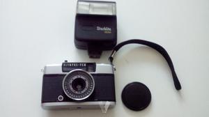 Camara de fotos antigua olympus pen