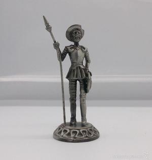Figura antigua de Don Quijote de la Mancha en peltre.