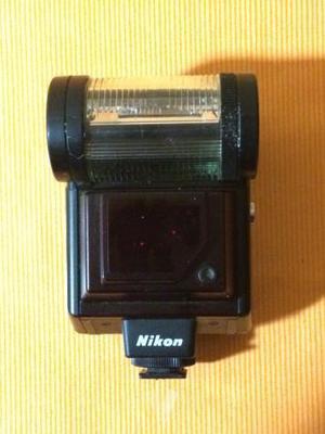 Flash Nikon SB-20