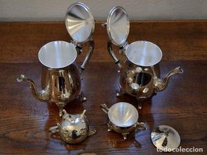 Juego de té y café de cuatro piezas de alpaca
