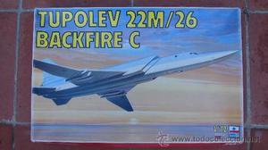 MAQUETA DEL AVIÓN TUPOLEV 22M/26 BACKFIRE C - ESCI - ESC.