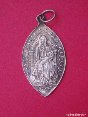 Medalla antigua de Plata Virgen Santa María de Ripoll