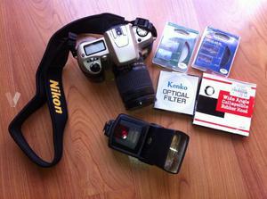 NIKON F60 y accesorios