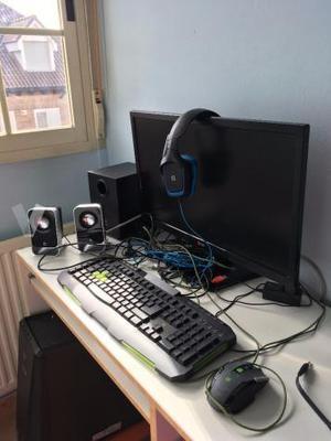 Ordenador para gaming ASUS PC, pantalla, etc