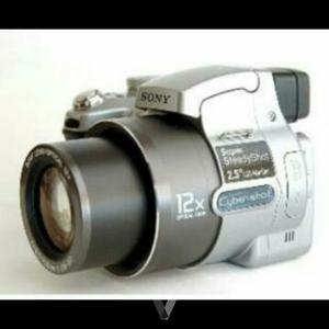 cámara Sony (5.1megapixel, 12x)